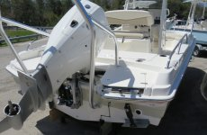2020 Boston Whaler 21DNT
