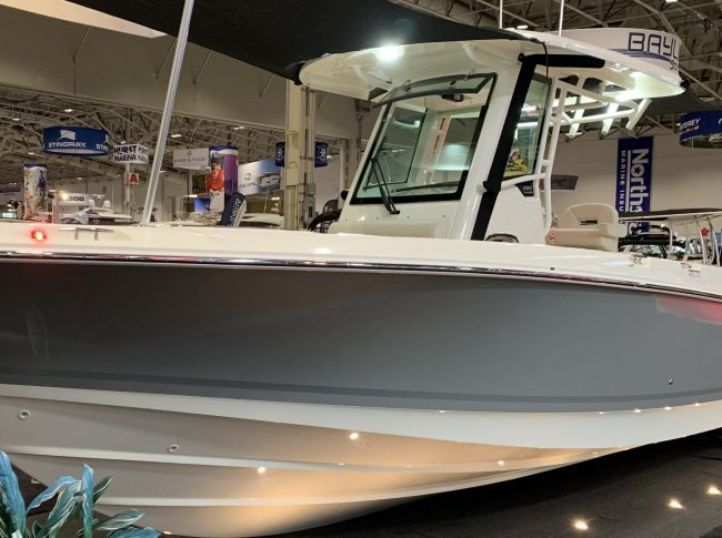 2020 Boston Whaler 28OUT
